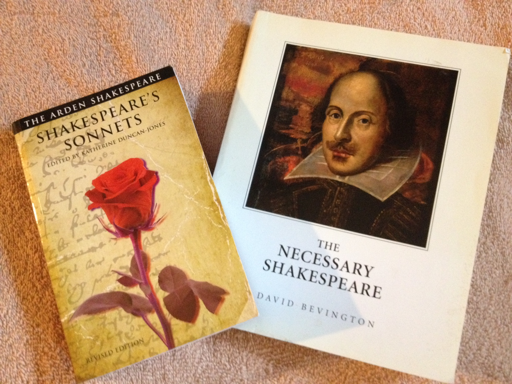 a comparison of william shakespeare and t s eliots literary works William shakespeare was a very popular english poet, actor as well as a playwright he is the one, who has brought us fine scripts like romeo and juliet and hamlet in this poem, shakespeare has compared life with a stage he has used different words to beautify the poem in a wonderful way.